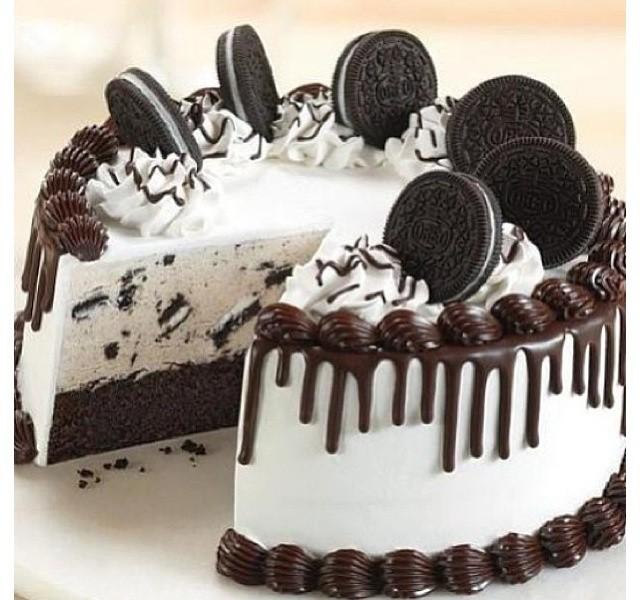 Round Cookies Cream Cakes